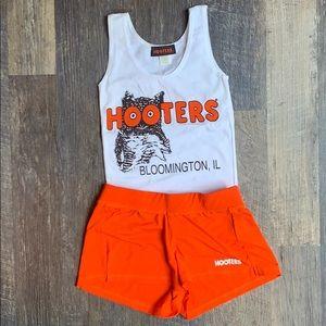 Hooters girl uniform Halloween costume